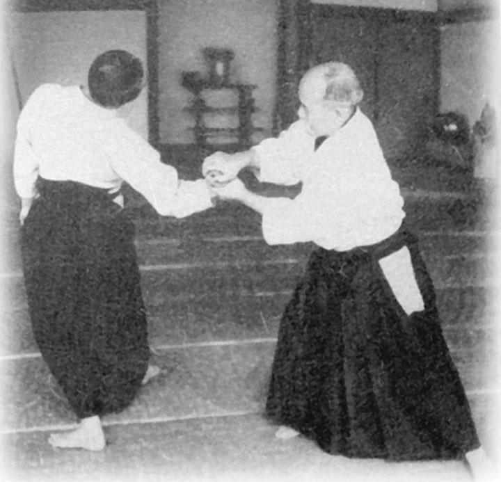 morihei-ueshiba-kotegaeshi