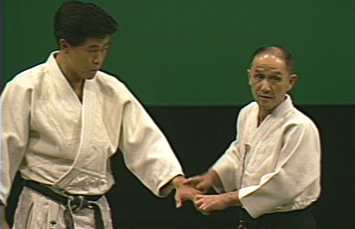 "Shioda explaining an aikido principle at the Aiki News' sponsored ""2nd Friendship Demonstration"" in 1986"